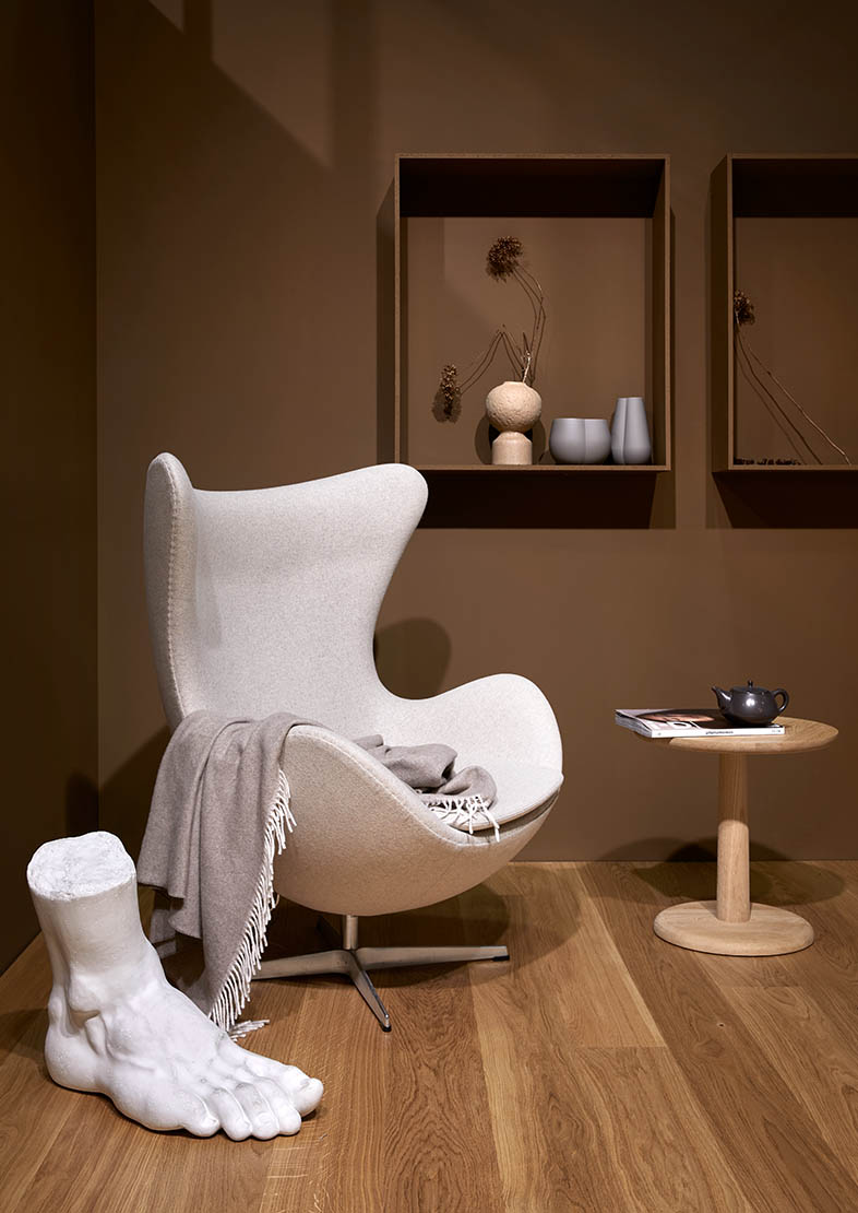 Brown and white interior inspiration, art, brown walls, white furniture, wooden details