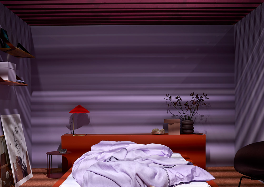 Pure & Original colour inspiration on the Oslo Design Fair, bedroom in red and purple