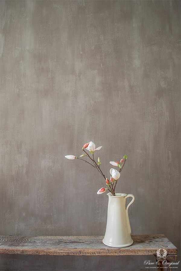 Fresco lime paint in the colour Drift, applied behind the flowers