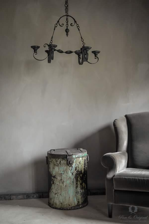 Fresco lime paint in the colour Earth Stone, applied behind the sofa in the livingroom